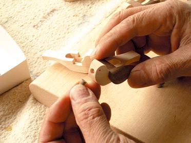 """""""Cuckoo"""" is all handmade"""